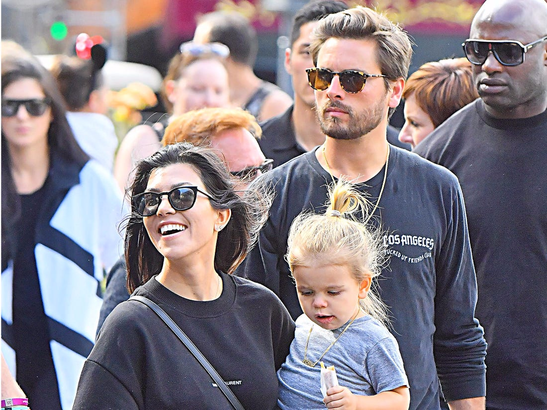 Kourtney Kardashian STILL LOVES ex-husband Scott Disick & Want to GET BACK with him acc. to this insta post