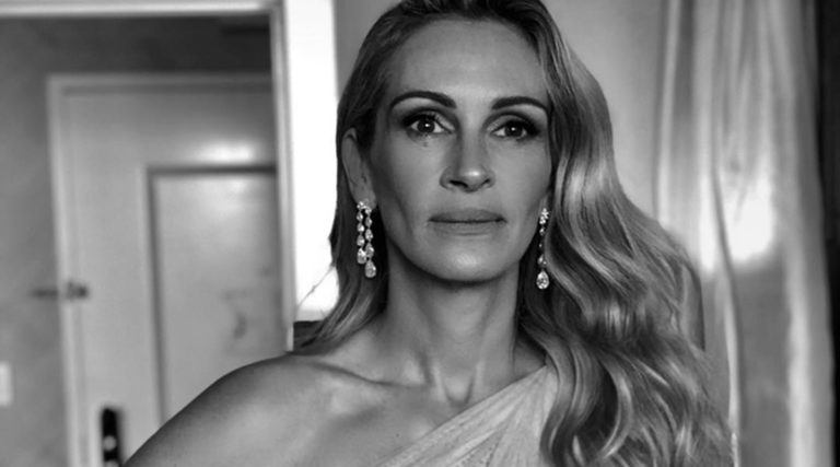 Julia Roberts is LEAVING Los Angeles coz SHE IS BROKE!!!?? What Is The Truth!