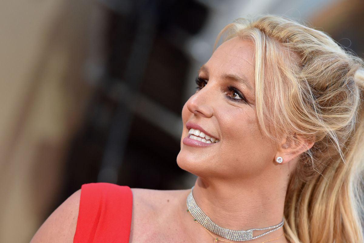 Britney Spears' Conservatorship Extended to February 2021 | Britney Spears